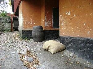 Barrel of land - A barrel in a Swedish museum.