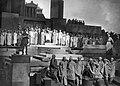 Szenebild aus Lysistrata von Aristophanes Max Reinhardt 1920.jpg