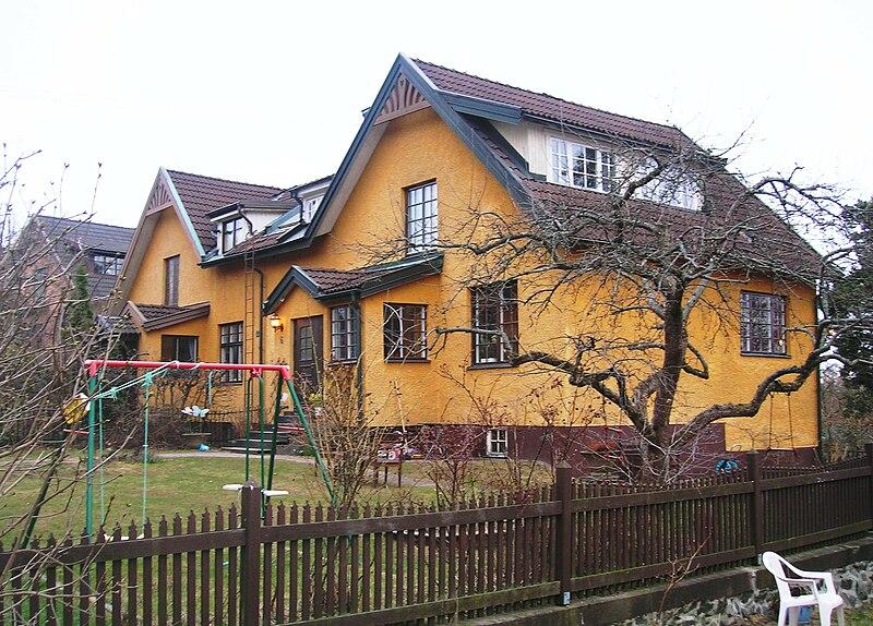 Tallvägen 6-8 Enskede Gård.jpg