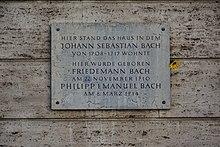 Gedenktafel am Haus Markt 18 in Weimar (Quelle: Wikimedia)