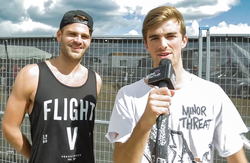 Alexander Pall (links) und Andrew Taggart (rechts) im Interview mit Love This City TV 2015
