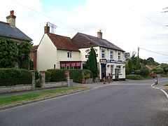 The White Horse, Quidhampton - geograph.org.uk - 906774.jpg