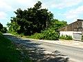 The road past Sheppards Farm, Draycot Foliat, Swindon - geograph.org.uk - 838195.jpg