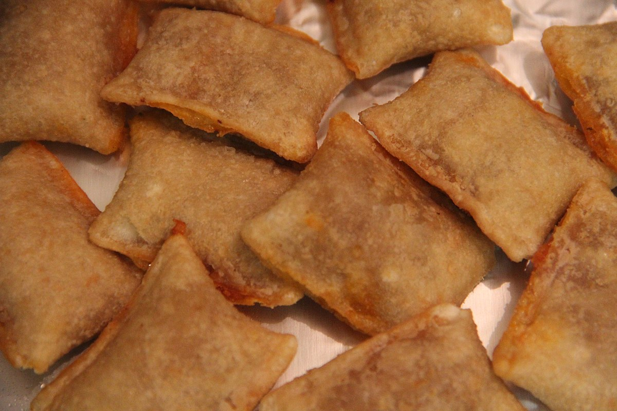 filetotino's pizza rolls may 2019  wikimedia commons