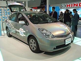 Toyota Prius (XW20) - Toyota Prius plug-in hybrid prototype exhibited at the Automotive Engineering Exposition 2008, Yokohama City, Japan