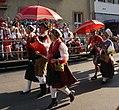 Trachtengruppe aus Slowenien beim Villacher Kirchtag, Kärnten.jpg