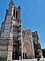 Troyes Cathédrale St. Pierre et Paul Fassade 2.jpg