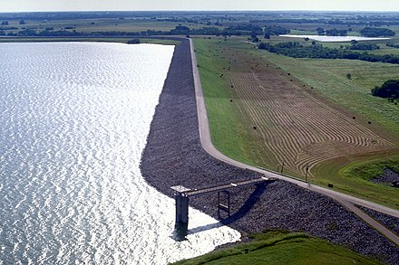 Bardwell Dam and Lake in Ellis County near the town of Ennis USACE Bardwell Dam and Lake.jpg