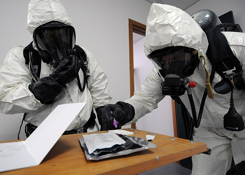 File:US Navy 101215-N-3759T-077 Sailors assigned to the Naval Support Activity Naples emergency response team test an unknown white powder from a suspic.jpg