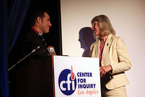 Eugenie Scott - James Underdown director of Center for Inquiry West and Independent Investigations Group (IIG) West presents award from the IIG August 21, 2010