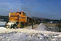 V 157 der TWE mit Schrottzug Paderborn-Hanekenfähr bei Bad Iburg Ostenfelde 05.01.1997.jpg