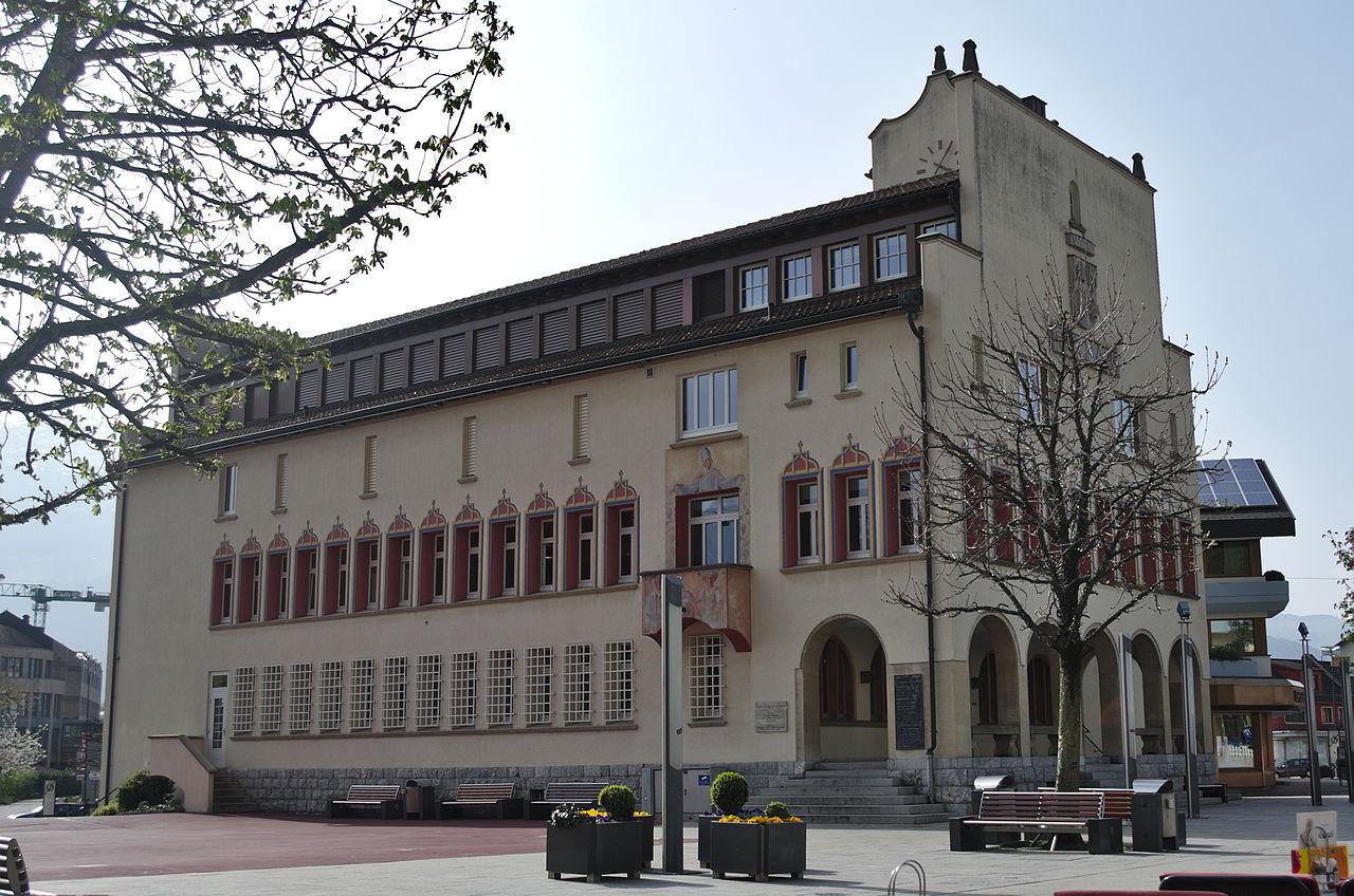 Vaduz - 31032014 - Rathaus.jpg