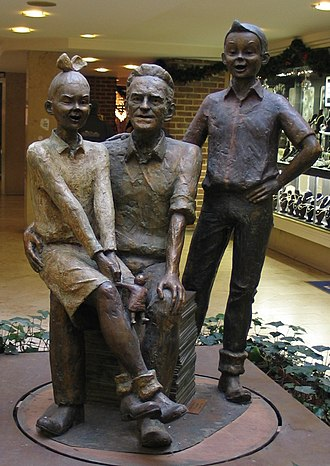 Spike and Suzy - Statue of Willy Vandersteen with Suske, Wiske and Schanulleke in Hasselt (Belgium)