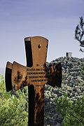 Varigotti (Liguria) - Rusty Cross.jpg