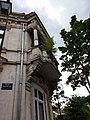 Vichy - Rue Prunelle, balcon à l'angle du boulevard des États-Unis.jpg