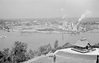 View of Hull from Parliament Hill 1938.JPG