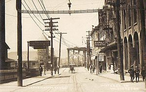 English: View of Water Street, Pittston, Penns...