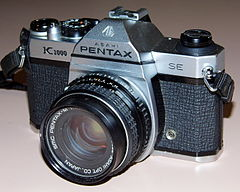 Vintage Asahi Pentax K1000 SE 35mm SLR Film Camera, A Popular Long-Lived Camera, Made In Hong Kong (13517980763).jpg