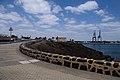 Vistas del puerto y el castillo de San José desde la Carretera los Castillos.jpg