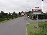 Voyenne (Aisne) city limit sign.JPG