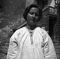 """Vrhnji del srajce z """"ožreljem"""" (vratni izrez)- srajca od poroke z rokavi (tver), s črno žido povezano, spodaj rekomirano, Burji 1950.jpg"""