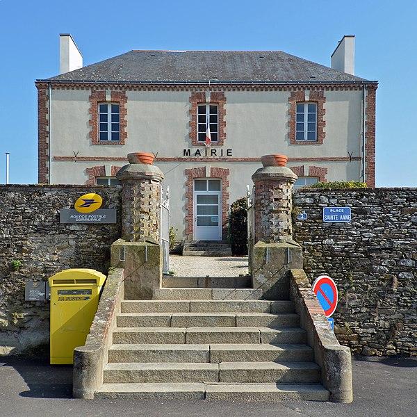 City hall of Vue (Loire-Atlantique, France).