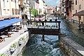 Vue Thiou Quai Évêché depuis rue République Annecy 1.jpg