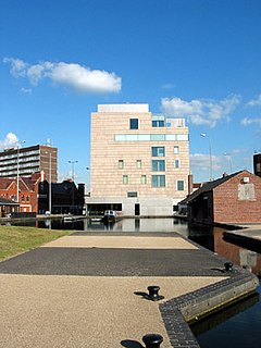 Modern and contemporary art gallery sited in the centre of the West Midlands town of Walsall, England.