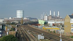 Wandsworth Road railway station MMB 03.jpg