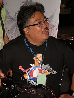 Whilce Portacio at Super-Con 2009 1.JPG
