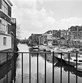 Wijnhaven rechts achtergevels Voorstr. - Dordrecht - 20060207 - RCE.jpg
