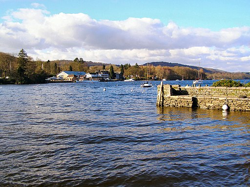 Windermere at Fell Foot Park - geograph.org.uk - 1736003