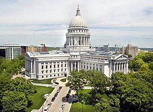 Wisconsin Legislature - Image: Wis capitol