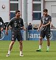 Xabi Alonso Javi Martinez Training 2017-05 FC Bayern Muenchen-1.jpg
