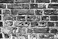 Zagadkowe ślady na murze kościelnym - Kłecko - 003030n.jpg