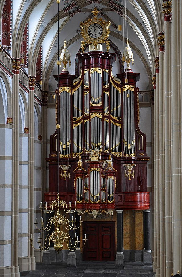 Les orgues (instrumentS) - Page 4 640px-Zaltbommel-maartenskerk-orgel1