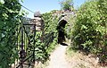 Äußeres Tor des Vorgeländes der Schönburg. Abgang über die Elfenley nach Oberwesel.jpg