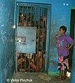 В полицейском участке города Лаэ (Папуа-Новая Гвинея).jpg
