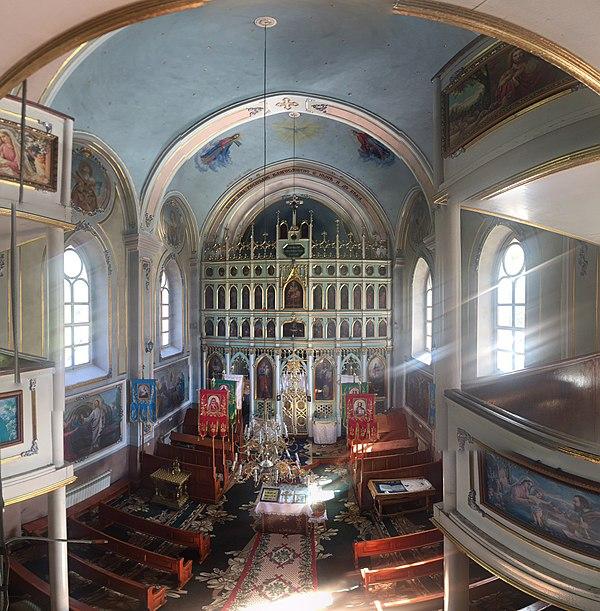 Церква Успіння Божої Матері в с.Красна (2), вид з хорів