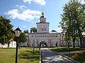 Церковь Архангела Михаила (надвратная) ( Валдай, остров Сельвицкий на оз. Валдайском).JPG