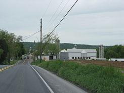 0903 - Hinkletown - US322 approaching Martindale Rd.JPG