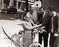 15-letna Gizela Palfi je rešila življenje štirim otrokom ob hudi nesreči v Petišovcih 1960.jpg
