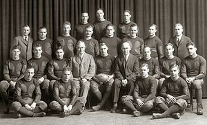 1927 Michigan Wolverines football team.jpg