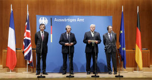 EU three - Image: 2006 1012 eu iran 600