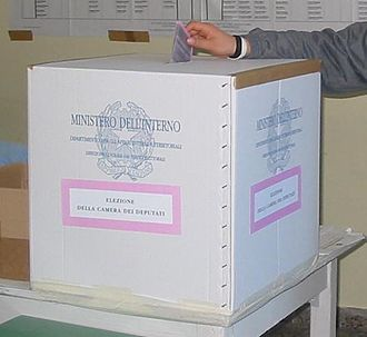 Italian general election, 2006 - A ballot box for the 2006 general election