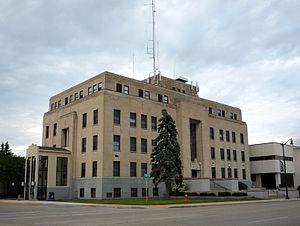 Marinette County, Wisconsin - Image: 2009 0619 Marinette Court