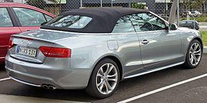 Audi S5 - Image: 2009 2010 Audi S5 (8F7 MY10) convertible (2010 07 10)