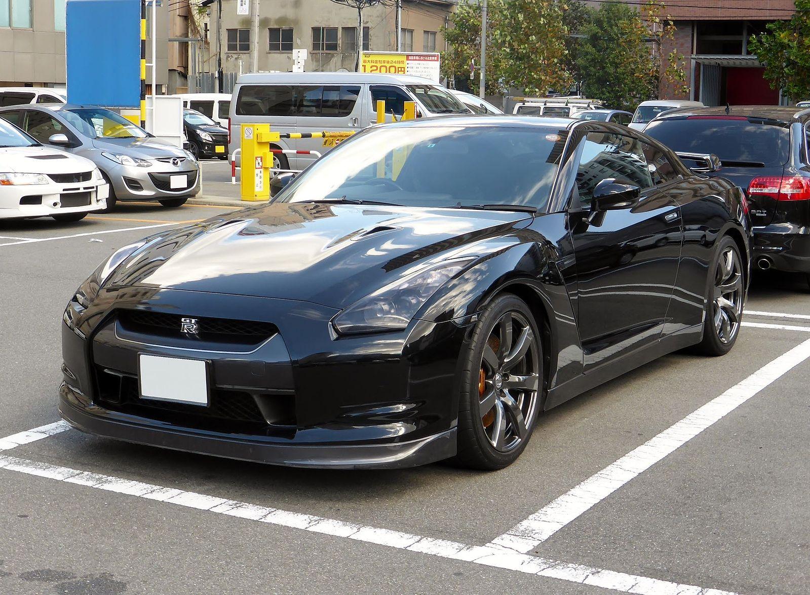 File:Nissan GT-R 04.JPG - Wikimedia Commons