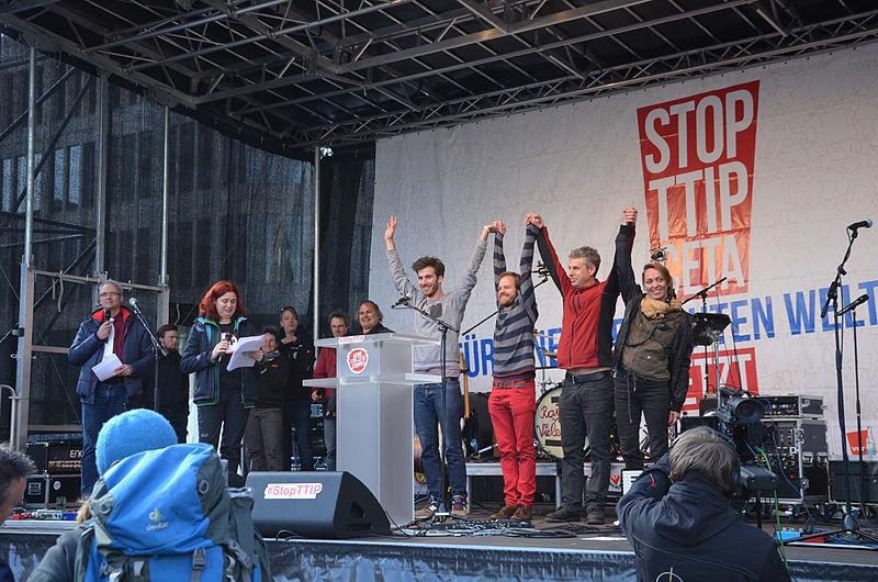 File:2016-04-23 Anti-TTIP-Demonstration in Hannover, (10418).jpg