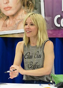 Emma Caulfield Wikipedia